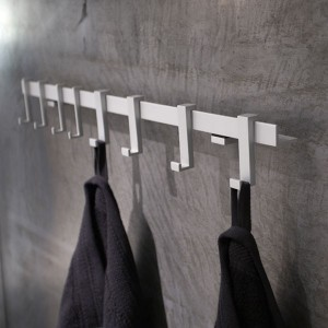 rangement-pour-salle-de-bain-pateres